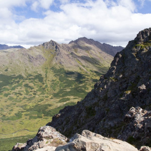 The view along Flattop Mountain trail